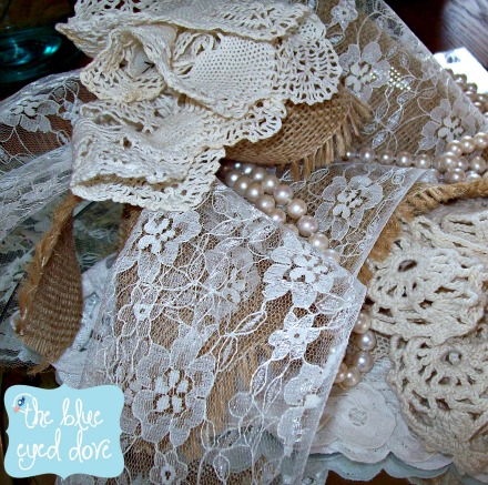 Shabby Chic Bridal Shower Table Decor